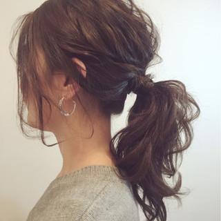 ロング ポニーテール ナチュラル ヘアアレンジ ヘアスタイルや髪型の写真・画像 ヘアスタイルや髪型の写真・画像