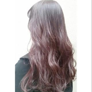 ロング ガーリー 春 ハイトーン ヘアスタイルや髪型の写真・画像