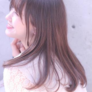 リラックス ロング ナチュラル デート ヘアスタイルや髪型の写真・画像 ヘアスタイルや髪型の写真・画像