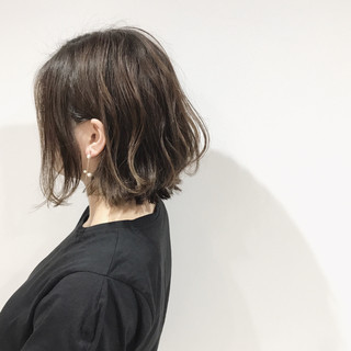 デート リラックス ハイライト ボブ ヘアスタイルや髪型の写真・画像