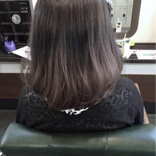 グレー グラデーションカラー ストリート グレージュ ヘアスタイルや髪型の写真・画像 ヘアスタイルや髪型の写真・画像