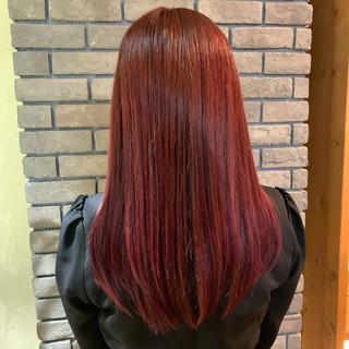 アンニュイほつれヘア ピンク デート ベリーピンク ヘアスタイルや髪型の写真・画像 ヘアスタイルや髪型の写真・画像