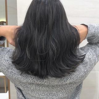 ナチュラル ハイライト アンニュイほつれヘア ロング ヘアスタイルや髪型の写真・画像