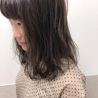 透明感カラー レイヤーカット フェミニン 暗髪 ヘアスタイルや髪型の写真・画像