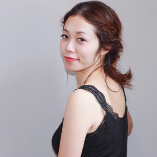簡単ヘアアレンジ ヘアアレンジ デート 上品 ヘアスタイルや髪型の写真・画像 ヘアスタイルや髪型の写真・画像