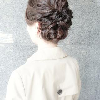 ロング ヘアアレンジ エレガント ブライダル ヘアスタイルや髪型の写真・画像