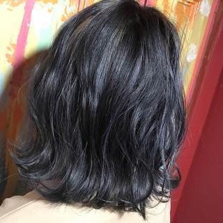 ブリーチ 外国人風 ナチュラル ミディアム ヘアスタイルや髪型の写真・画像