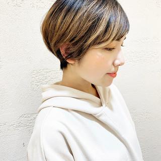 ショートバング ショート ベリーショート ナチュラル ヘアスタイルや髪型の写真・画像