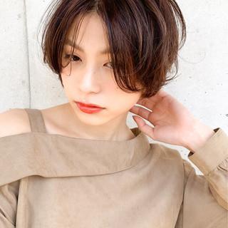 インナーカラー ショート ベリーショート ナチュラル ヘアスタイルや髪型の写真・画像