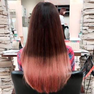 ロング グラデーションカラー ハイライト 外国人風 ヘアスタイルや髪型の写真・画像