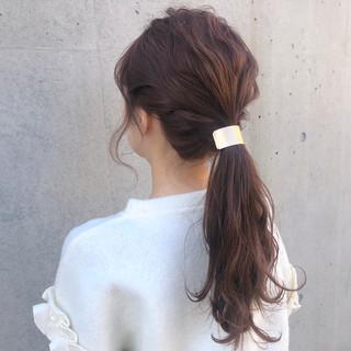 アンニュイほつれヘア ヘアアレンジ ロング ナチュラル ヘアスタイルや髪型の写真・画像