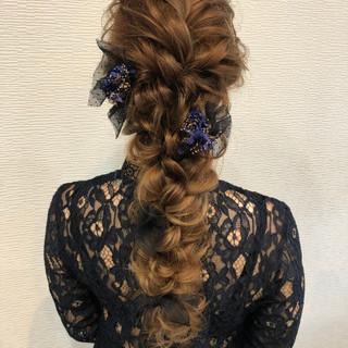 フェミニン 編みおろしヘア 編みおろし ヘアセット ヘアスタイルや髪型の写真・画像
