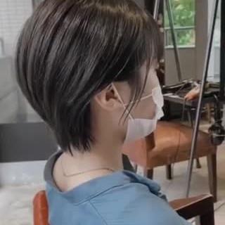 ナチュラル 暗髪女子 シースルーバング ショートヘア ヘアスタイルや髪型の写真・画像