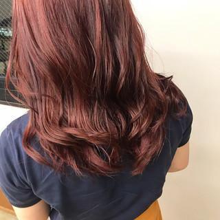 ベリーピンク サロンモデル セミロング アディクシーカラー ヘアスタイルや髪型の写真・画像