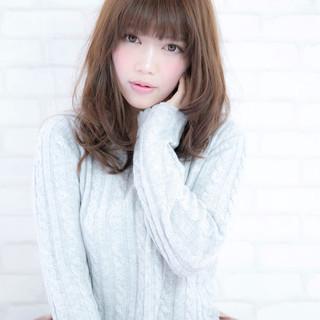フェミニン 大人かわいい 大人女子 ストレート ヘアスタイルや髪型の写真・画像 ヘアスタイルや髪型の写真・画像