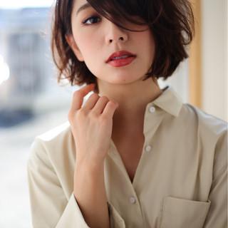 前髪あり 色気 暗髪 パーマ ヘアスタイルや髪型の写真・画像