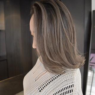 大人かわいい 外国人風カラー 簡単ヘアアレンジ ミディアム ヘアスタイルや髪型の写真・画像
