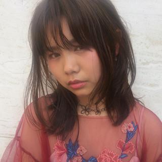 大人かわいい ミディアム ウェットヘア 色気 ヘアスタイルや髪型の写真・画像