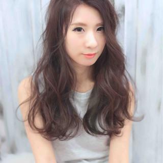 大人かわいい 外国人風 ガーリー フェミニン ヘアスタイルや髪型の写真・画像