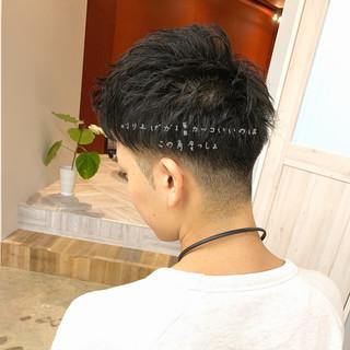 エレガント パーマ オフィス 暗髪 ヘアスタイルや髪型の写真・画像