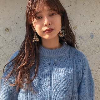 外国人風カラー バイオレットアッシュ ナチュラル セミロング ヘアスタイルや髪型の写真・画像