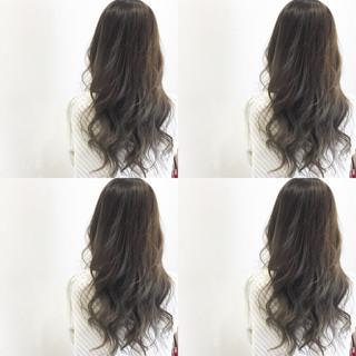 外国人風 ナチュラル グラデーションカラー ハイライト ヘアスタイルや髪型の写真・画像