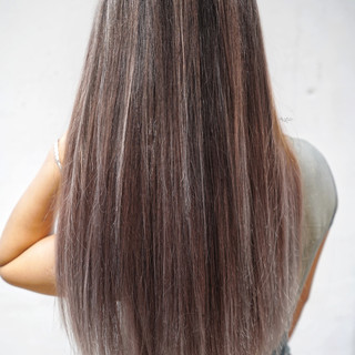 グレージュ ハイライト 外国人風カラー ロング ヘアスタイルや髪型の写真・画像