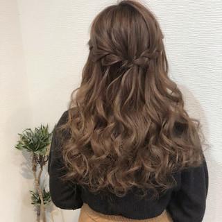 フェミニン 編み込み ヘアセット ロング ヘアスタイルや髪型の写真・画像