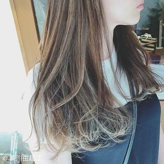ゆるふわ デート グラデーションカラー ロング ヘアスタイルや髪型の写真・画像
