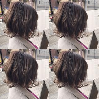 ショート ボブ 大人かわいい アンニュイ ヘアスタイルや髪型の写真・画像