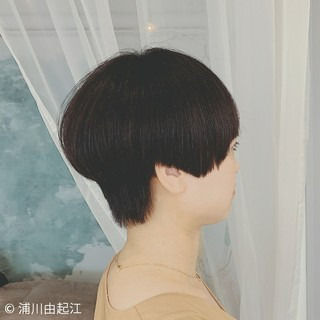 モード 縮毛矯正 ショートボブ ゆるふわ ヘアスタイルや髪型の写真・画像