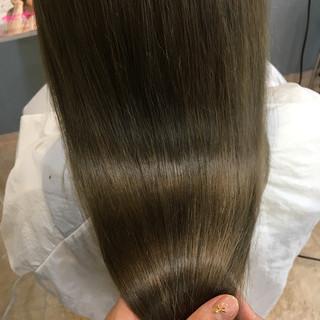 フェミニン ロング モテ髪 波ウェーブ ヘアスタイルや髪型の写真・画像