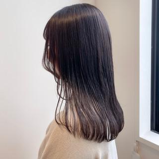 ブリーチなし ナチュラル セミロング 透明感カラー ヘアスタイルや髪型の写真・画像