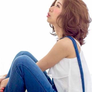 色気 ミディアム 大人かわいい 外国人風 ヘアスタイルや髪型の写真・画像
