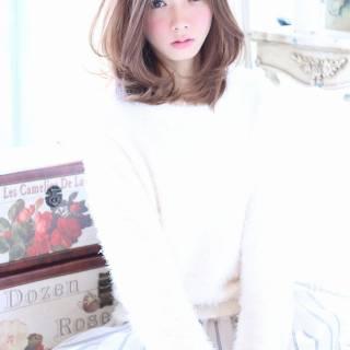 ミディアム コンサバ ゆるふわ 愛され ヘアスタイルや髪型の写真・画像