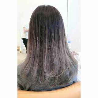 パンク ストリート グラデーションカラー アッシュ ヘアスタイルや髪型の写真・画像