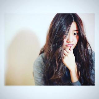 外国人風 大人かわいい フェミニン ロング ヘアスタイルや髪型の写真・画像 ヘアスタイルや髪型の写真・画像