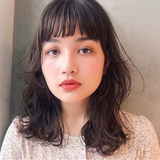 透け感ヘア アンニュイほつれヘア 秋ブラウン 透明感カラー ヘアスタイルや髪型の写真・画像