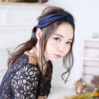 秋 ヘアアレンジ 暗髪 セミロング ヘアスタイルや髪型の写真・画像