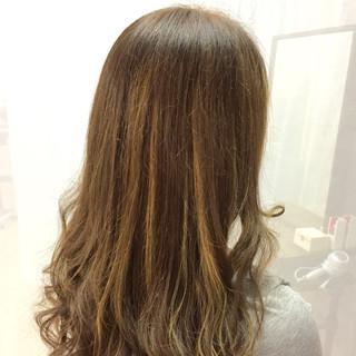 アッシュ グラデーションカラー ロング ガーリー ヘアスタイルや髪型の写真・画像