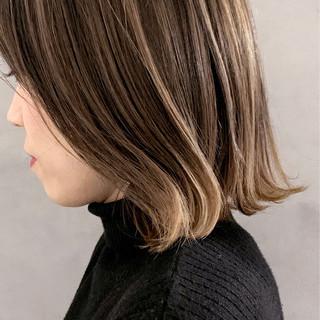 ナチュラルベージュ ナチュラル ボブ 透明感カラー ヘアスタイルや髪型の写真・画像