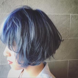 ブルー ストリート 個性的 ダブルカラー ヘアスタイルや髪型の写真・画像