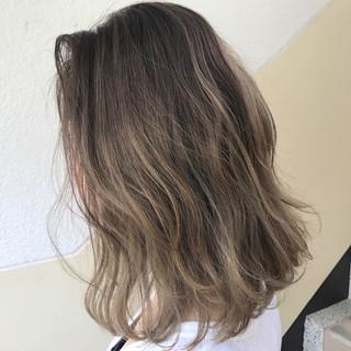 ハイライト ダブルカラー 透明感 秋 ヘアスタイルや髪型の写真・画像