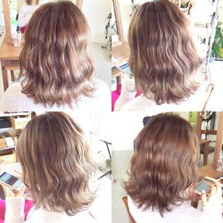 ボブ ピンク ストリート グラデーションカラー ヘアスタイルや髪型の写真・画像