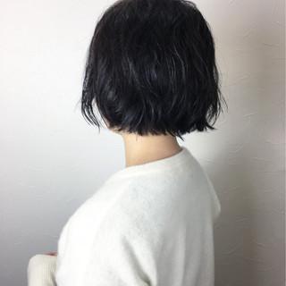 パーマ 外ハネ こなれ感 ショートボブ ヘアスタイルや髪型の写真・画像