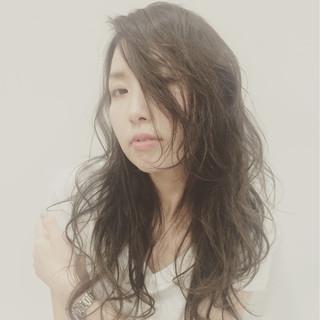 ラフ レイヤーカット ナチュラル かっこいい ヘアスタイルや髪型の写真・画像