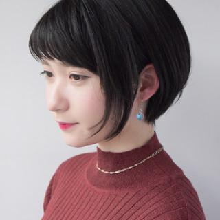 ショートバング 似合わせ 小顔 ナチュラル ヘアスタイルや髪型の写真・画像