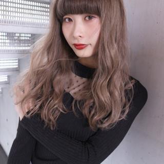 ハイトーン 外国人風 ハイライト セミロング ヘアスタイルや髪型の写真・画像