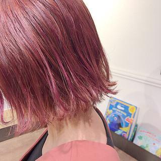 ガーリー ベリーピンク ボブ ヘアアレンジ ヘアスタイルや髪型の写真・画像