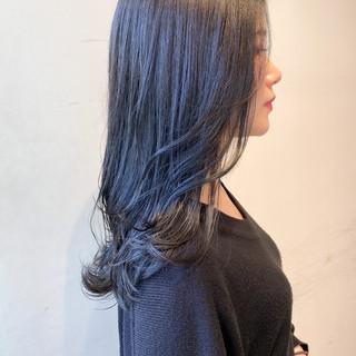 暗髪 ブルーラベンダー セミロング ブルーアッシュ ヘアスタイルや髪型の写真・画像
